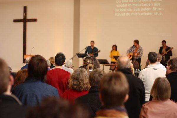 Lobpreismusik im Gottesdienst